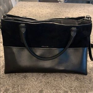 Coach shoulder purse very clean hardly used